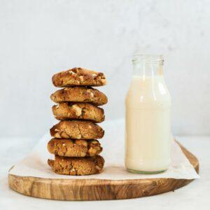 Witte chocola-macadamia koekjes