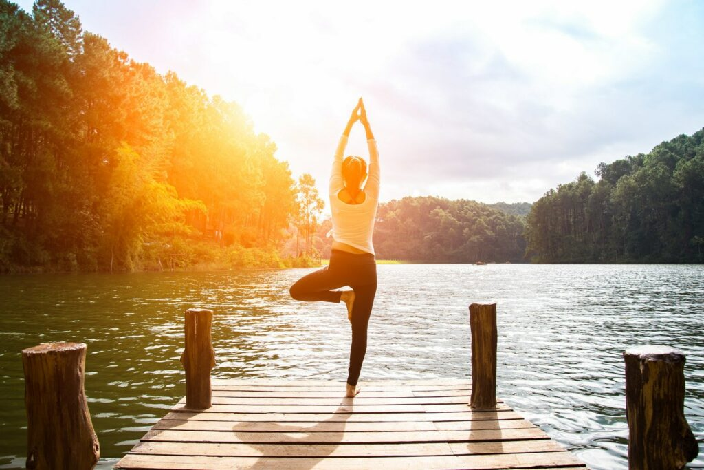 yogaoefeningen voor in de ochtend