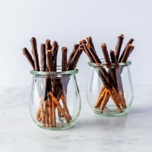 Chocolade pretzel sticks