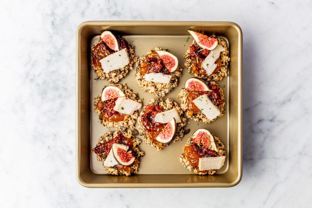Crackers met vijgenjam en Cicioni