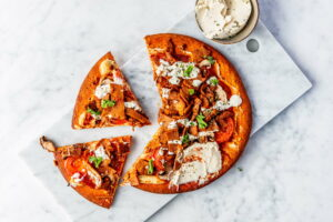 Vegan shoarma pizza