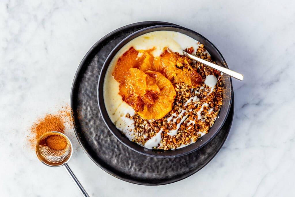 Sinaasappel yogbowl