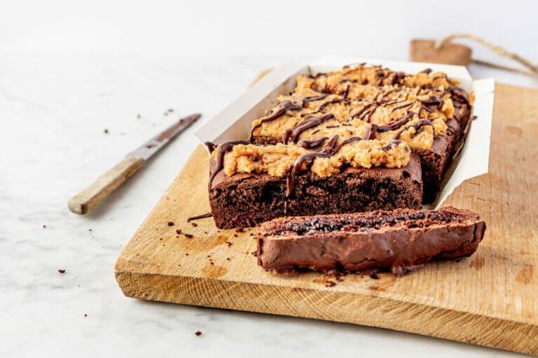 Vegan brownie met cookie dough