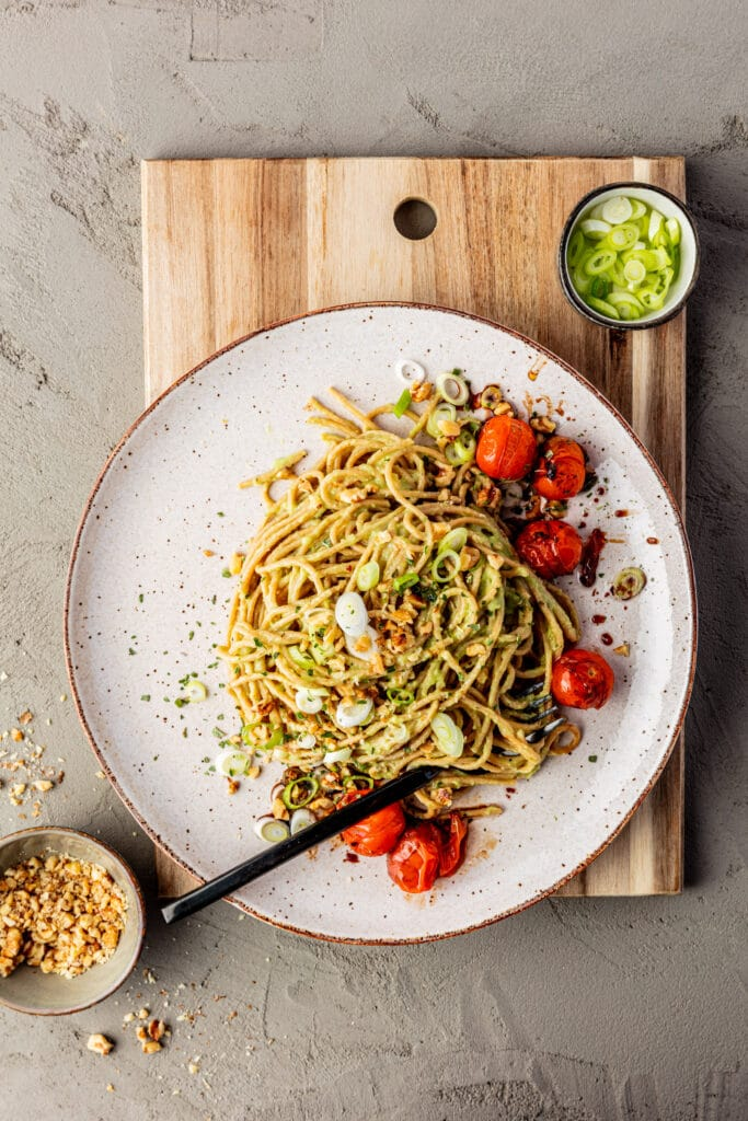 vegan avocado pasta