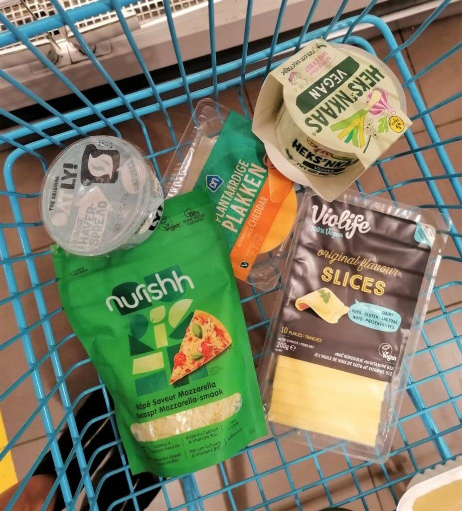 vegan kaas in de supermarkt