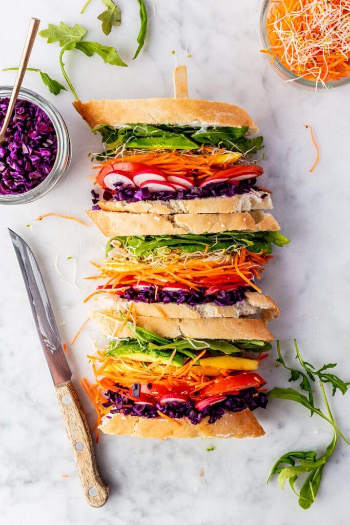 Rainbow vegan sandwich recept