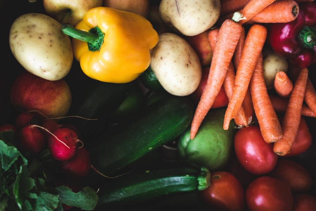 Groente, aardappels, vegan zonder vleesvervangers