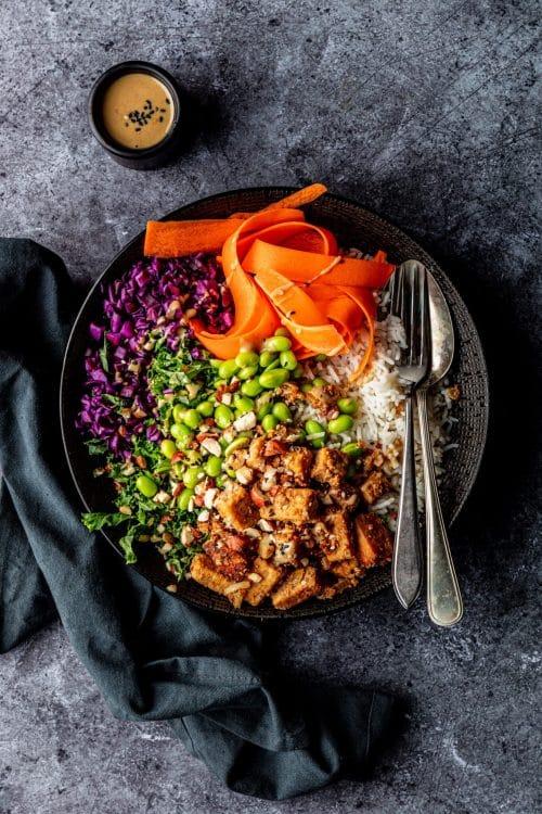 Miso tempeh bowl recept
